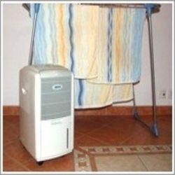 DH711 - Odvlhčovač vzduchu pro domácnost s odvlhčovacím výkonem 10l/24hod. MASTER